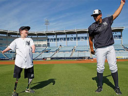 Landis Sims, 10, Defies the Odds on the Baseball Field